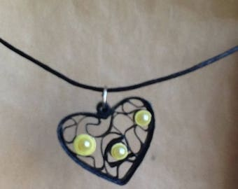 """Quilling paper rolled """"heart"""" pendant necklace"""