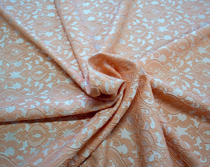 990071-128 Brocade-95% PL, 5% PA, width 130 cm, made in Italy, dry cleaning, weight 205 gr