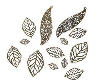mix 5pcs prints, pendants, antique bronze leaf charms between 10 and 2.4 cm