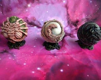 Alien Life Cycle Display Orb:Complete Set