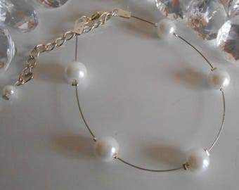 Simplicity wedding bracelet white pearls