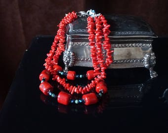 Gorgeous Red Coral necklace in 3 strings,and silver lock