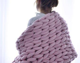 Chunky knit Blanket. Knitted blanket. Merino Wool Blanket. Bulky Blanket. Extreme Knitting.Super chunky blanket.