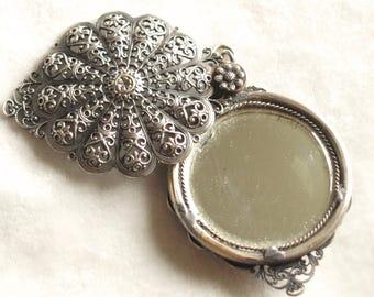Victorian Sliding Mirror Pendant