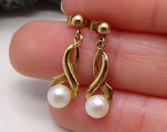 Beautiful Vintage 9 Carat Gold Pearl Dropper Earrings Wedding Bridal Jewellery