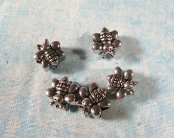 5 Antique Silver Tone BeeEuro Style Charm Beads (B491n)
