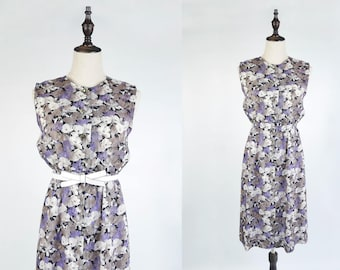 Vintage Violet White Flower Print Crew Neck Sleeveless Vintage Women Linen Dress Size S - M, 1970s