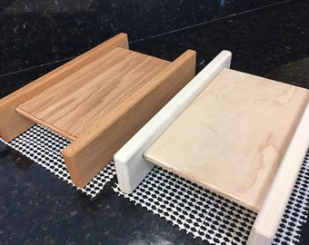 Basic Horizontal Bread Slicing Guide.  Includes Anti slip Mat