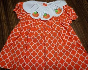 Smocked pumpkin appliqued girl dress, Boutique Girls Smock Dress, Pumpkin Patch Smock Dress, Fall Pumpkin Dress, Fall smock dress