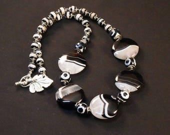 Natural Agate Gemstone Beaded Necklace, Dzi Agate Necklace, Handmade Beaded Jewelry, Semi-Precious Gemstone Jewelry, Statement Necklace