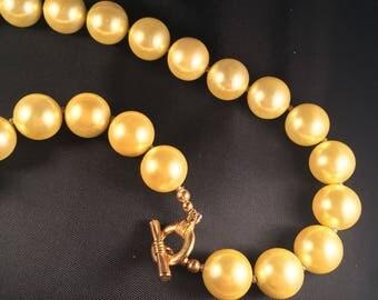 Yellow Swarovski pearl necklace 017