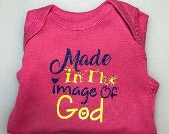Personalized Onesies, style your baby's clothes with a special message!