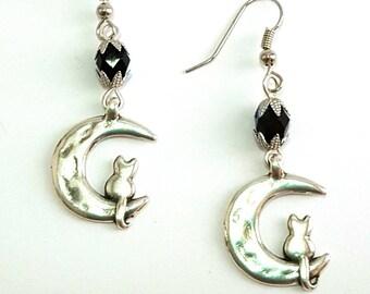 Cod OF02 Cat & Moon Earrings