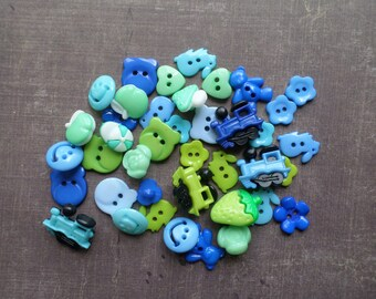 50 buttons shaped flower Train animals colors Blue Green Turquoise