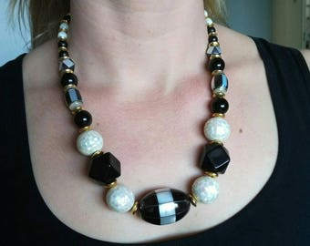 Vintage black and white mother of pearl necklace
