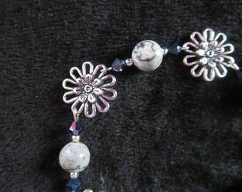 Flower bracelet with Jasper and swarovski crystal beads