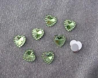 Green hearts 12 mm acrylic rhinestone cabochons
