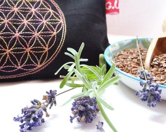 Eye pillows, relaxation, meditation, wellness, flower of life, lavender, flax seed, wellbeing, pink, gold, embroidery,