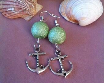 1 pair of dangling earrings, Pearl + charm ink