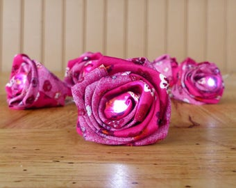 Garland 10 white Leds with flowers in fuschia floral fabric