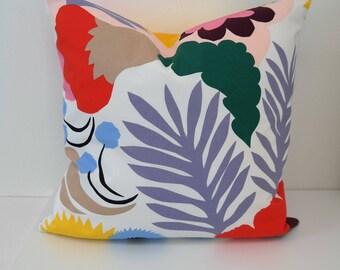 Double sided 18'' cushion cover OJAKELLUKKA, handmade from MARIMEKKO cotton fabric. Pillow size 45x45 cm (18''x18'')