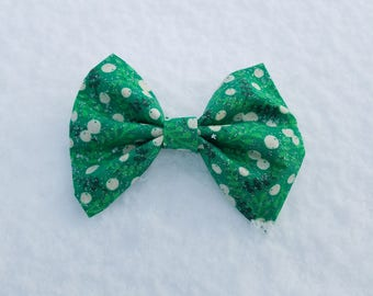 Green Sparkles with Twigs and Berries Dog Bow Tie - Christmas/Holiday/Winter Collection
