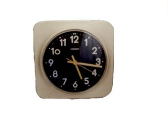 Retro 60's STAIGER wall Clock 60s Space Age / Made in West GermanyQuartz Wall Clock 21 cms