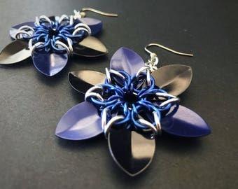 Light weight Chain scale flower earrings