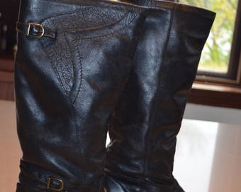 SALE! Vintage leather 7.5US College lined boots
