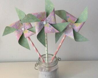 Pinwheels wind rose, green & flowers