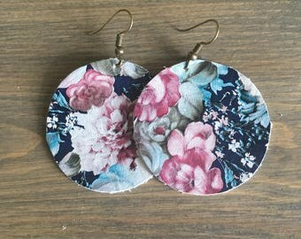 Navy and Pink Floral Round Leather Earrings - Floral Circle Earrings - Lovespangle - Leather Earrings Jewelry
