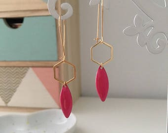 Gold plated earrings, trendy boho Chic raspberry pink Sequin, wedding