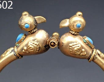 Very Old Gold Plated Bangle Bracelet w/ 2 Love Bird Blue Turquoise Eyes #5602