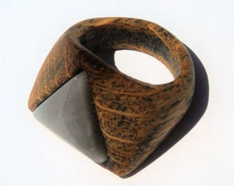 triangle wood and stone women ring
