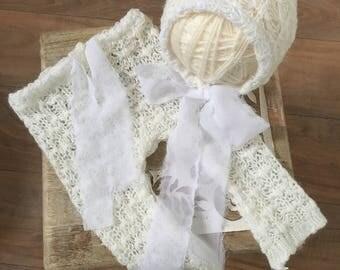 Newborn Girls Pants and Bonnet Set