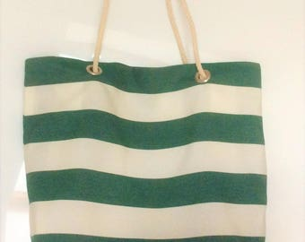 large reversible bag for the beach or shopping