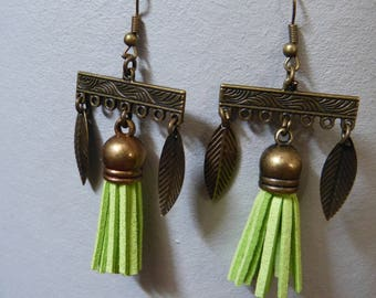 Vintage & tassel earrings