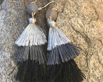 Grey hue ombre triple tassel earring.