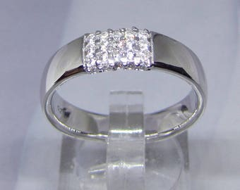 End size 56 CZ silver ring