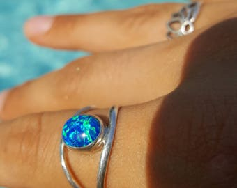 Blue Fire Opal Ring - Sterling Silver, size 9