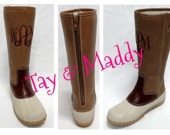 Mid Calf Zippered Duck Style Boots