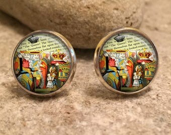 Alice In Wonderland Stud Earrings, mad hatter, Alice, Eat Me, tea party, wonderland, drink me, gift for her, gift for wife, christmas, AL6