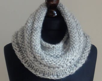 Ribbed Snood, Cowl, Neck Warmer, Hood. Hand Knitted in a choice of 2 colours.