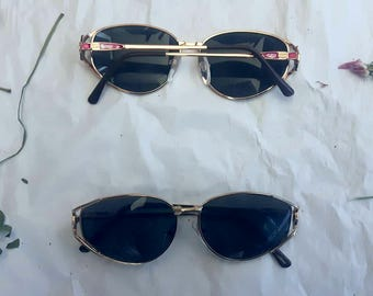 Vintage Gold Oval Sunglasses