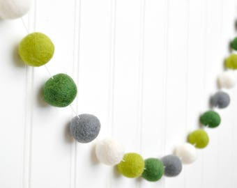 St Patricks Day Banner, St Patricks Day Decor, St Patricks Day Felt Ball Garland, Green and Gray Bunting, Pom Pom Garland, Saint Patricks