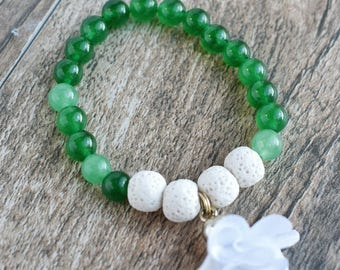Emerald Jade Diffusing Bracelet with White Lava Beads and White Silk Flower Charm 6""