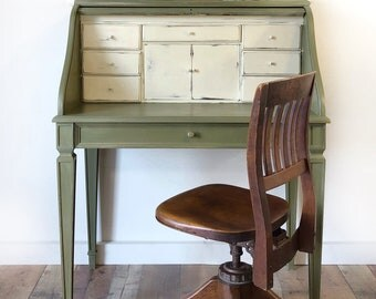 Roll top desk with library chair