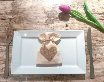 Calico favour bags with hessian hearts; favour bags; wedding favours; rustic wedding; rustic wedding decor