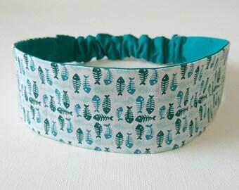 Elastic headband, reversible headband woman printed patterns herringbone green on white background
