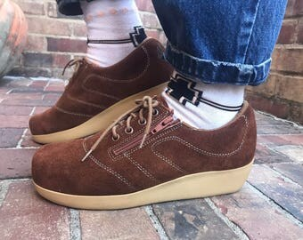 70s suede sneakers with tie and zipper